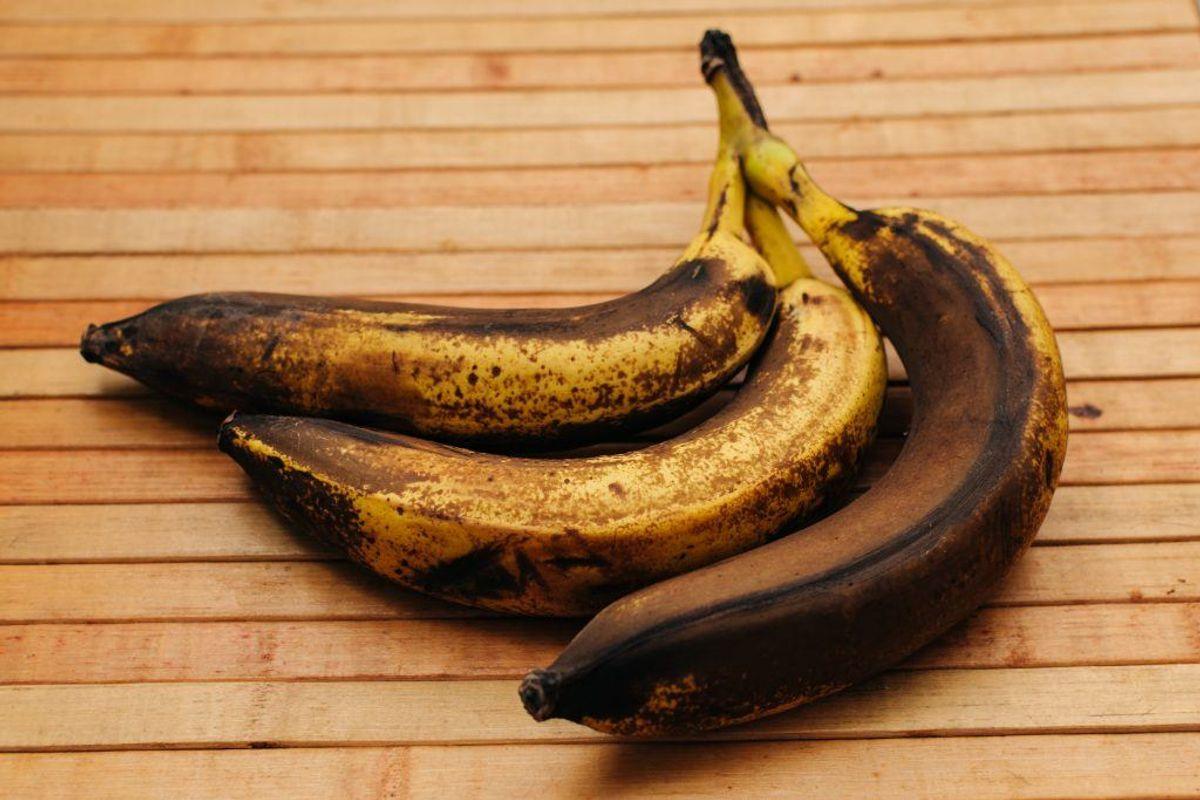 Øv! Et trist syn. Klik videre og få de bedste råd til at undgå de brune bananer. (Foto: Shutterstock)