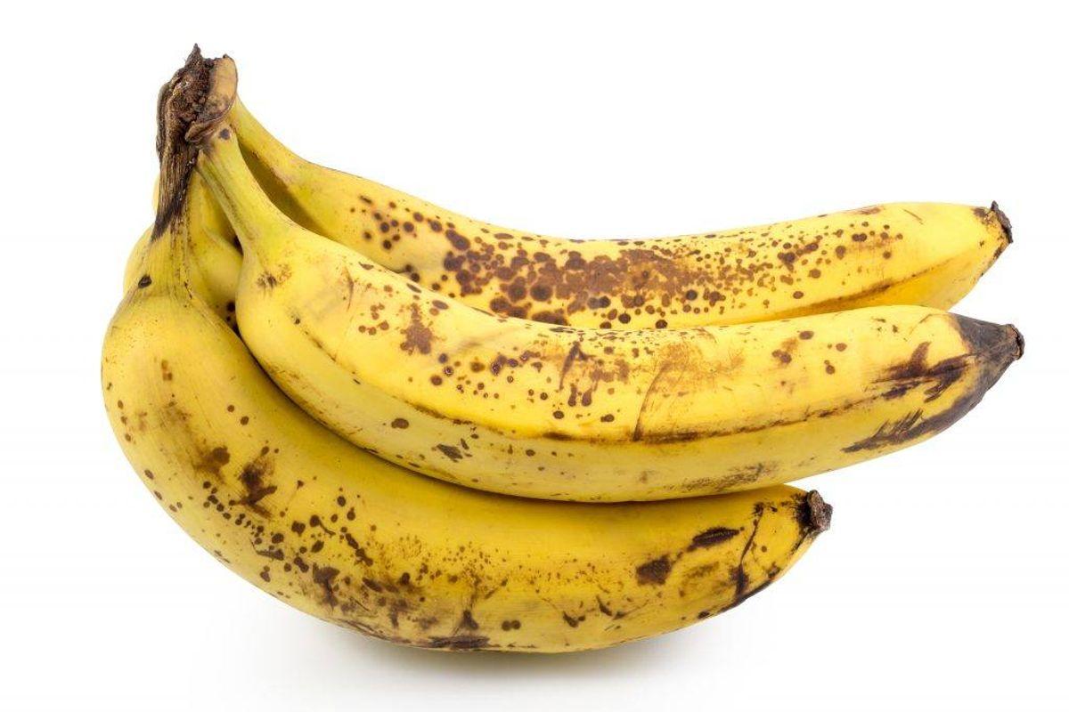 Lad være med at købe flere bananer, end du kan nå at spise. (Foto: Shutterstock)