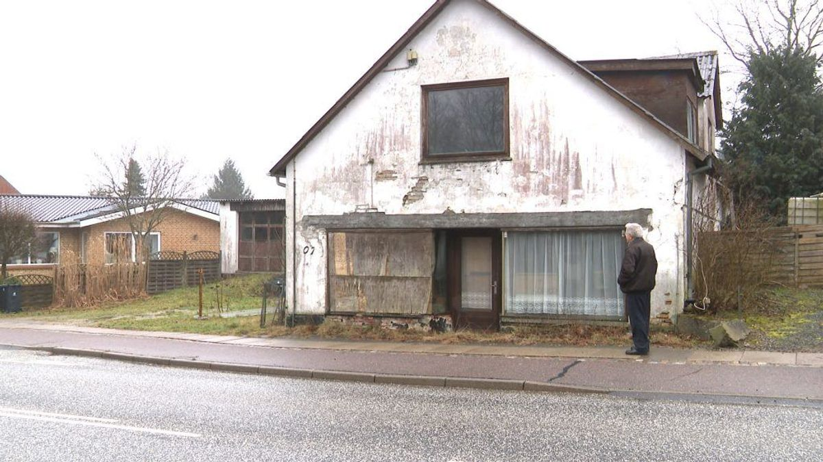 Den gamle købmandsforretning i Bøstrup nær Hammel. Foto: TV2 Østjylland.