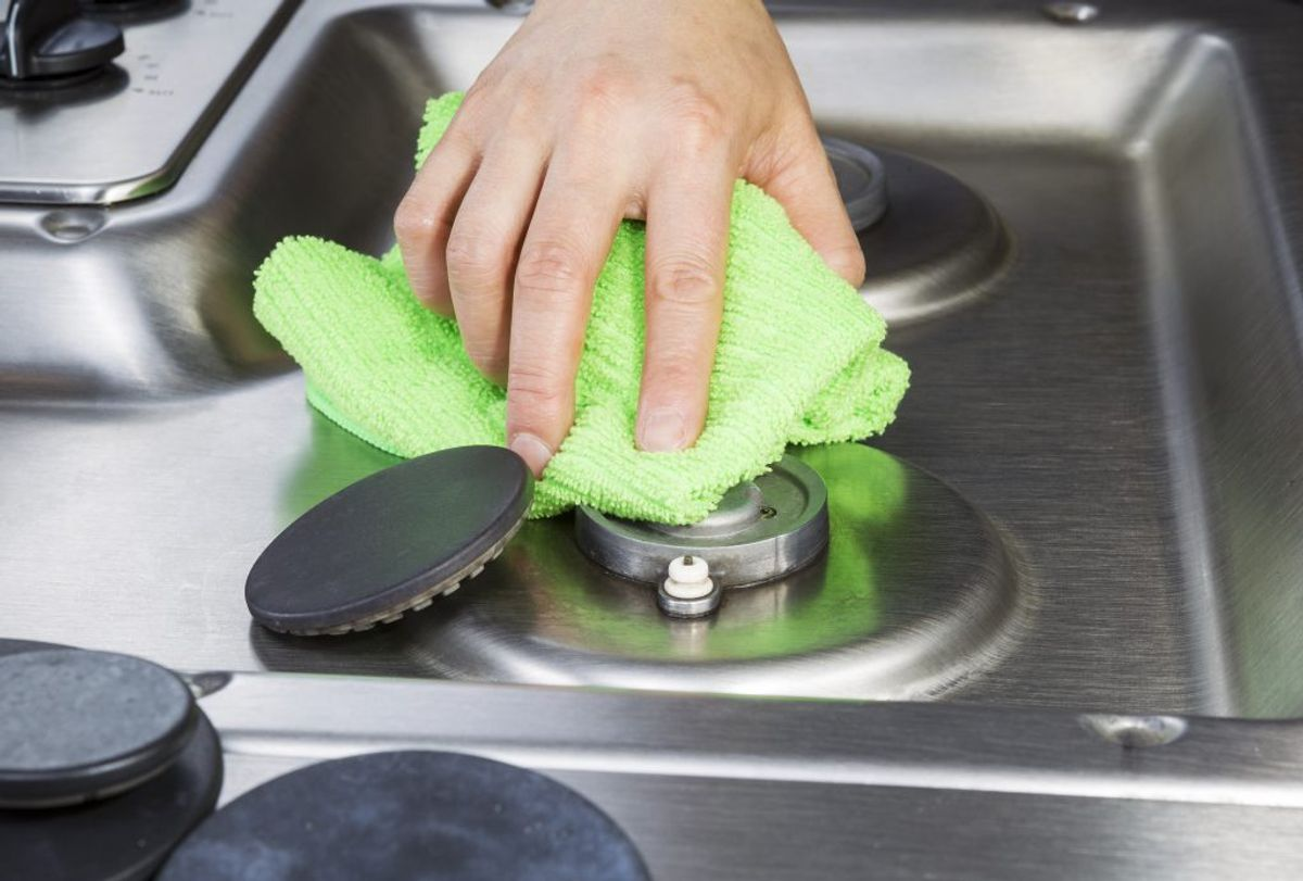En karklud kan udvikle sig til en bakteriebombe, hvis man ikke tager sine forholdsregler. KLIK VIDERE OG SE GODE TIPS TIL AT HOLDE GOD HYGIEJNE OMKRING DIN KARKLUD. Foto: Scanpix.