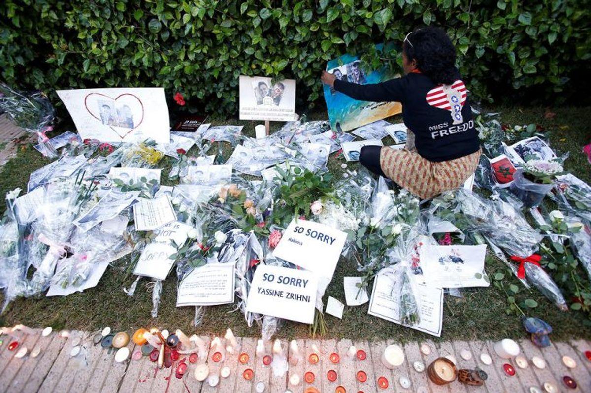 Der har i Marokko været mange på gaden for at mindes de to dræbte. (Foto: Scanpix)