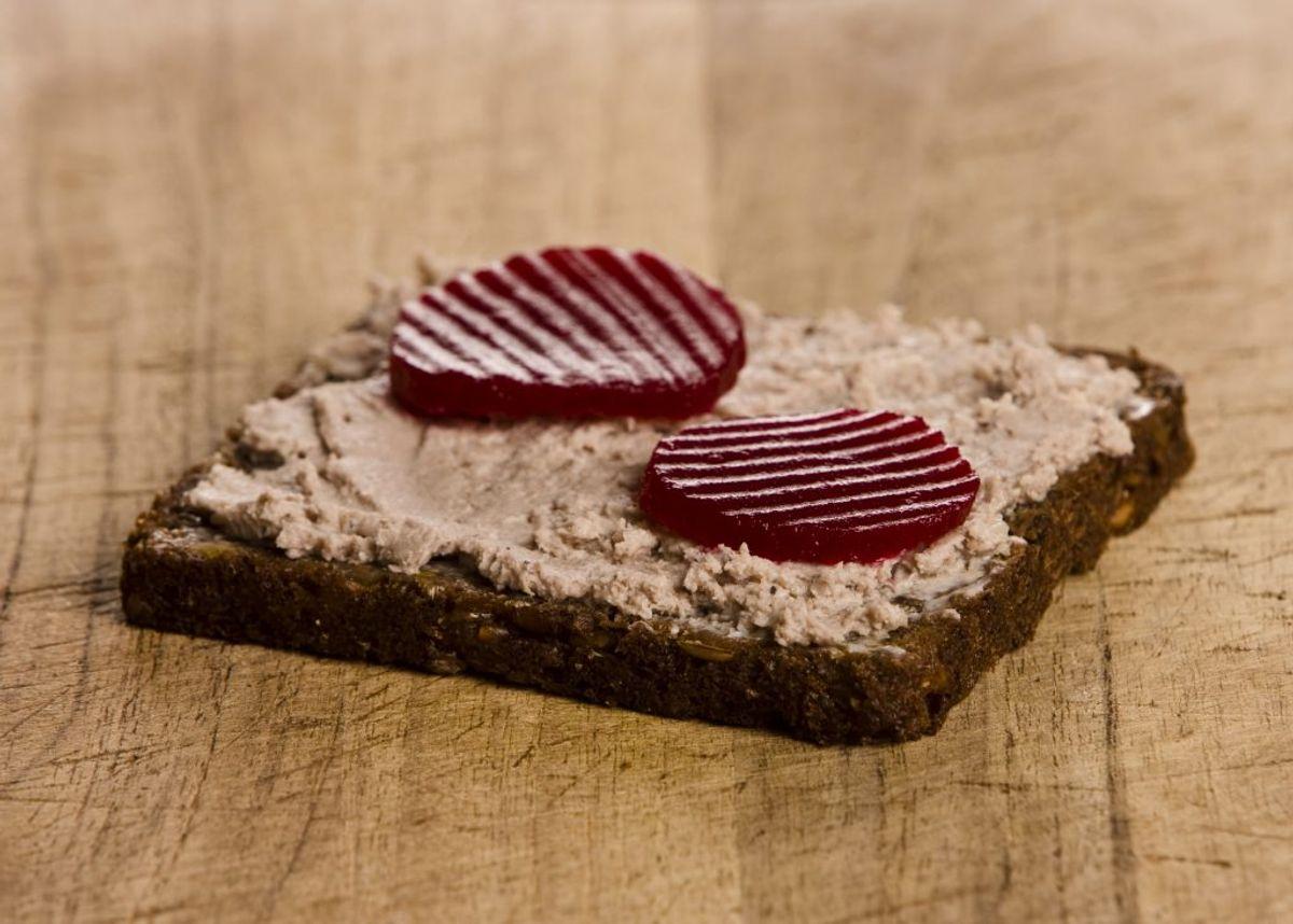Syltede rødbeder er en af de ting, der kan give sygdommen. KLIK for flere. Foto: Colourbox.