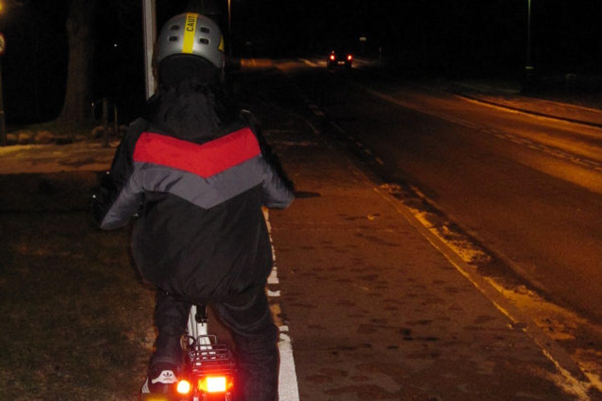 – Øv ruten i mørket med barnet mange gange. Det kan være, at den lige vej ikke er den sikreste og tryggeste. (Modelfoto) Foto: Colourbox/Free