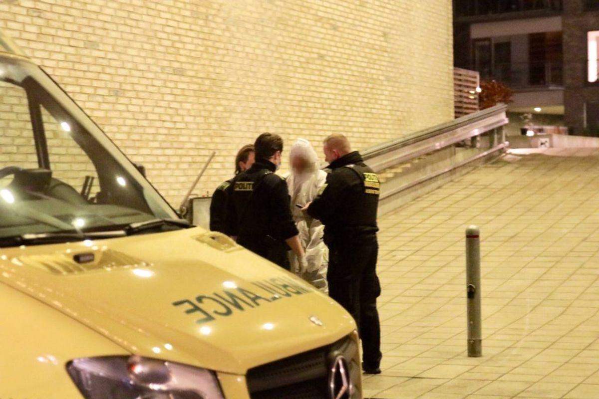 Politiet var massivt til stede natten til onsdag. KLIK VIDERE og se flere billeder. Foto: Presse-fotos.dk