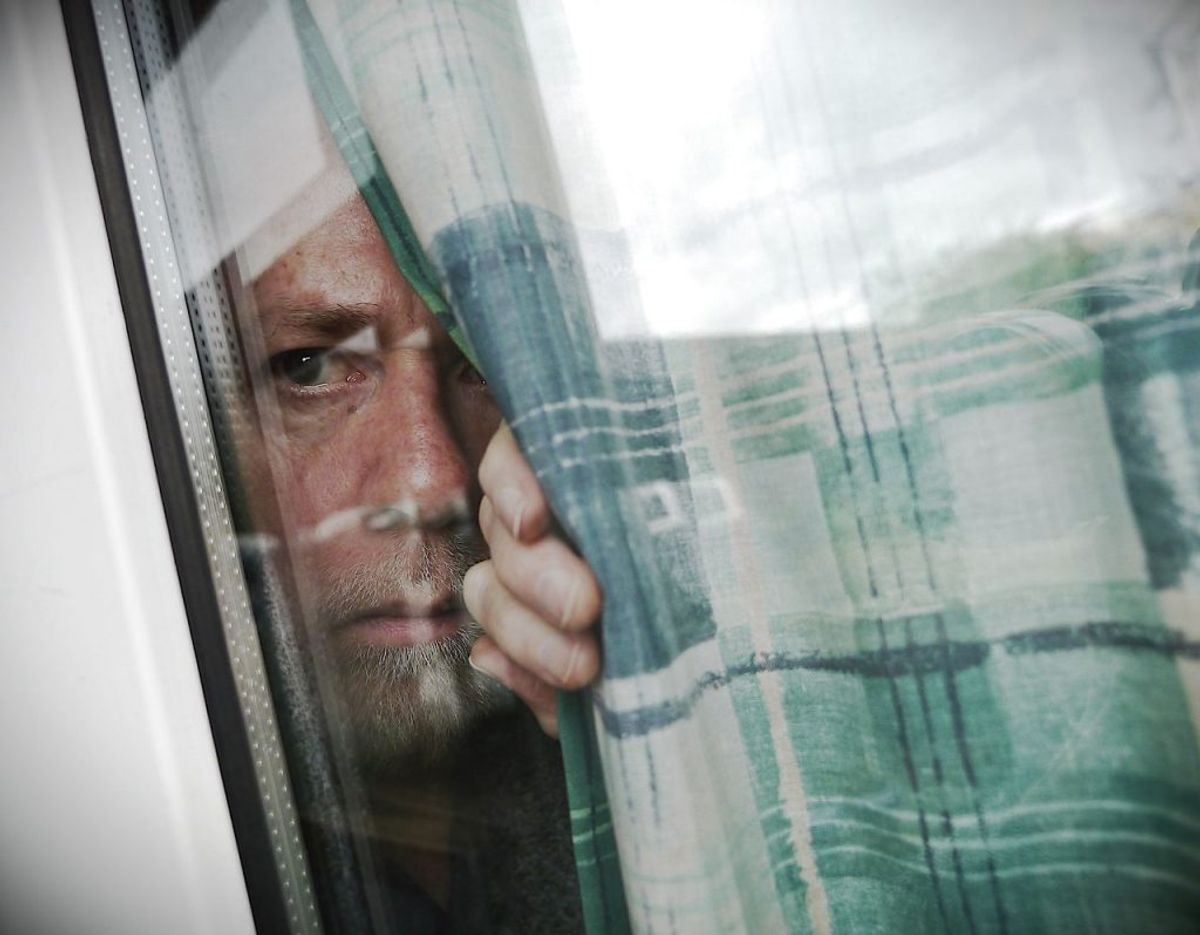 4. Del din viden om mistænkelig adfærd eller indbrud med naboerne.