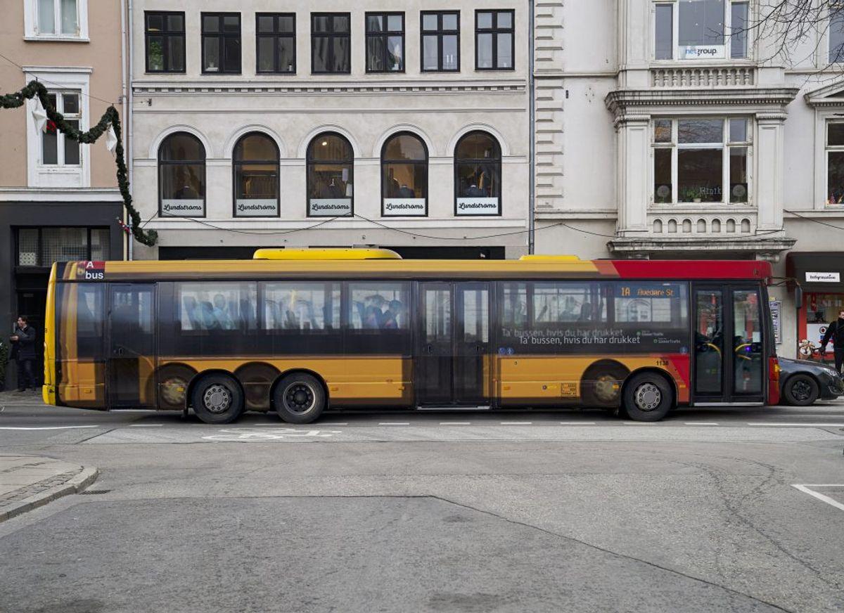 Sådan 'ser' den ud, den slørede bus. Foto: &Co og Rådet for Sikker Trafik