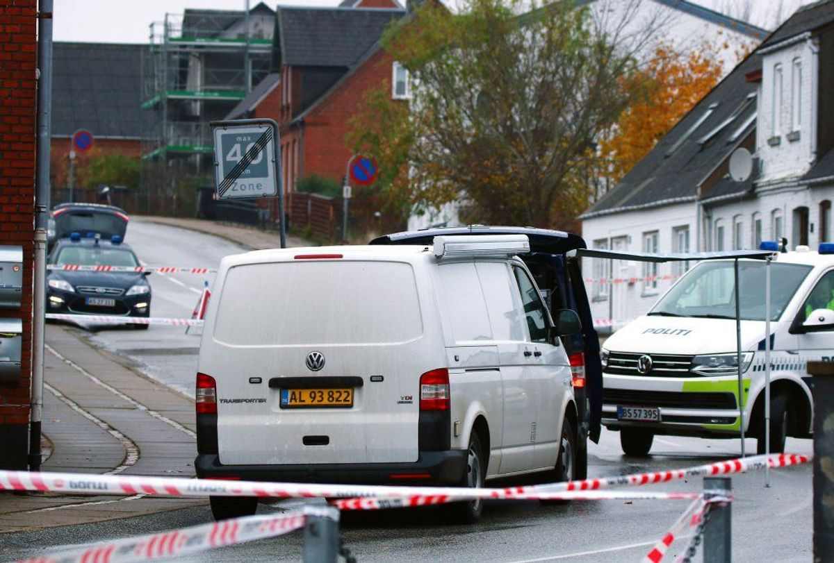 En 28-årig, der er sigtet for blandt andet drab, var timer inden i kontakt med Inger Støjberg. Det oplyser ministeren på sin Facebook-side. KLIK for flere billeder. (Foto: Alarm112midtjylland.dk/Ritzau Scanpix)