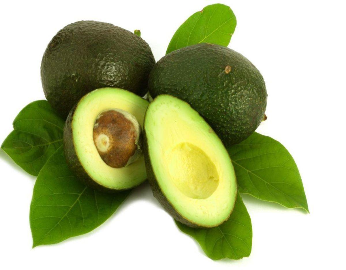 Avocadoen er snart fortid i dit spisekammer, hvis du er veganer. KLIK videre for at se, hvilke andre superfoods, der er også snart er fortid. Foto: Colourbox