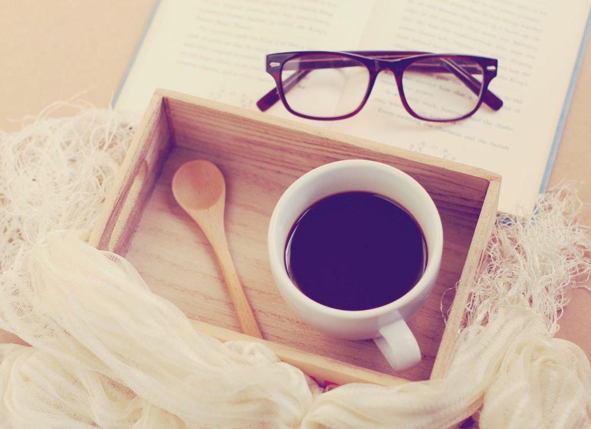 Koffeinfri kaffe indeholder som regel under tre milligram koffein.