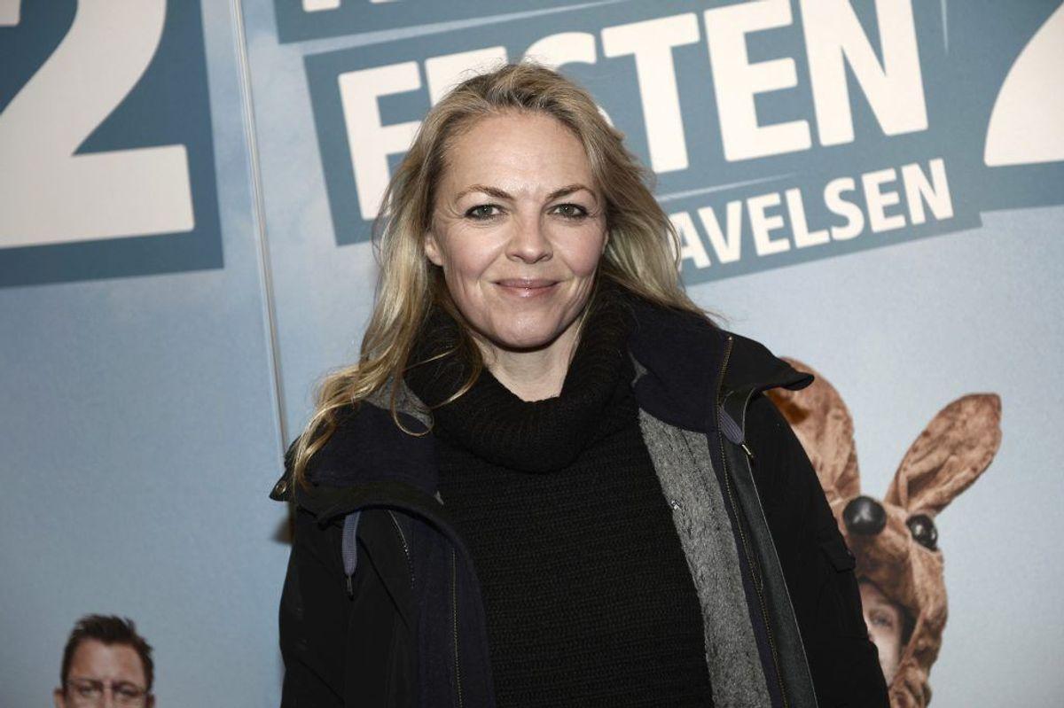 Trine Pallesen, der spiller Gaby i serien, har blandt medvirket i tredje sæson af TV-serien Forbrydelsen. Derudover har hun medvirket i spillefilmene Spies og Glistrup samt Nøgle Hus Spejl, som hun vandt en Bodil for Bedste Kvindelige Birolle for i 2016. Kilde: Danskefilm.dk