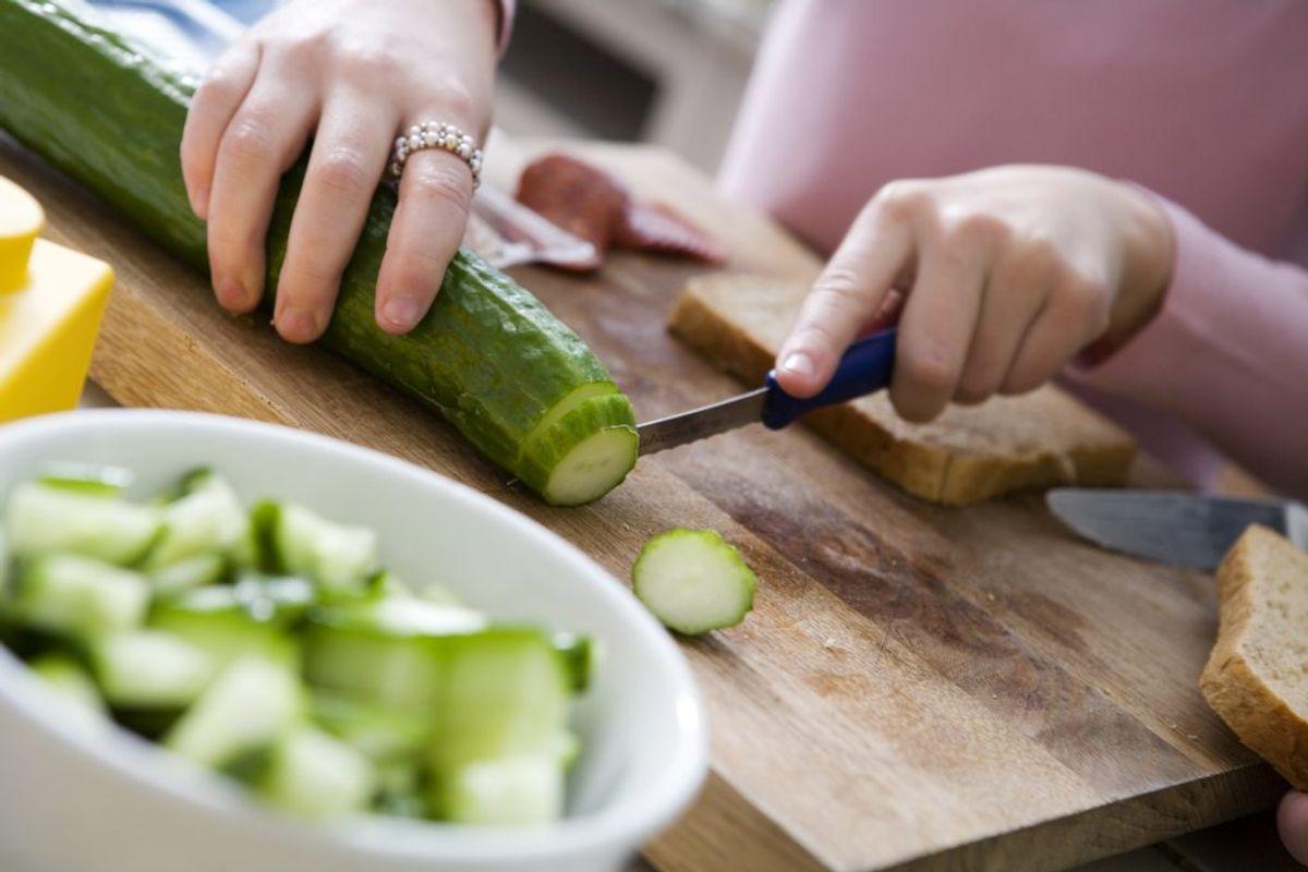 Ved at vælge økologisk slipper du dermed for tilsætningsstoffer som farvestoffer, konserveringsmidler og smagsforstærkere.