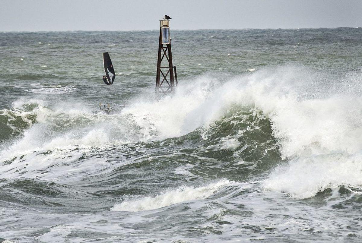 DMI advarer os, når vejret raser (Foto: Henning Bagger/Scanpix)