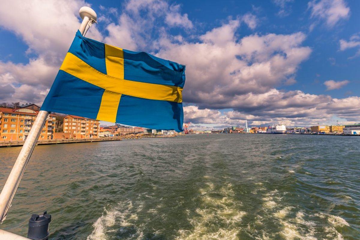 Kører man et smut over Øresundsbroen, må man betale 11,33 kroner for en liter benzin, og næsten det samme for en liter diesel – 11,22 kroner. (Foto: Iris)