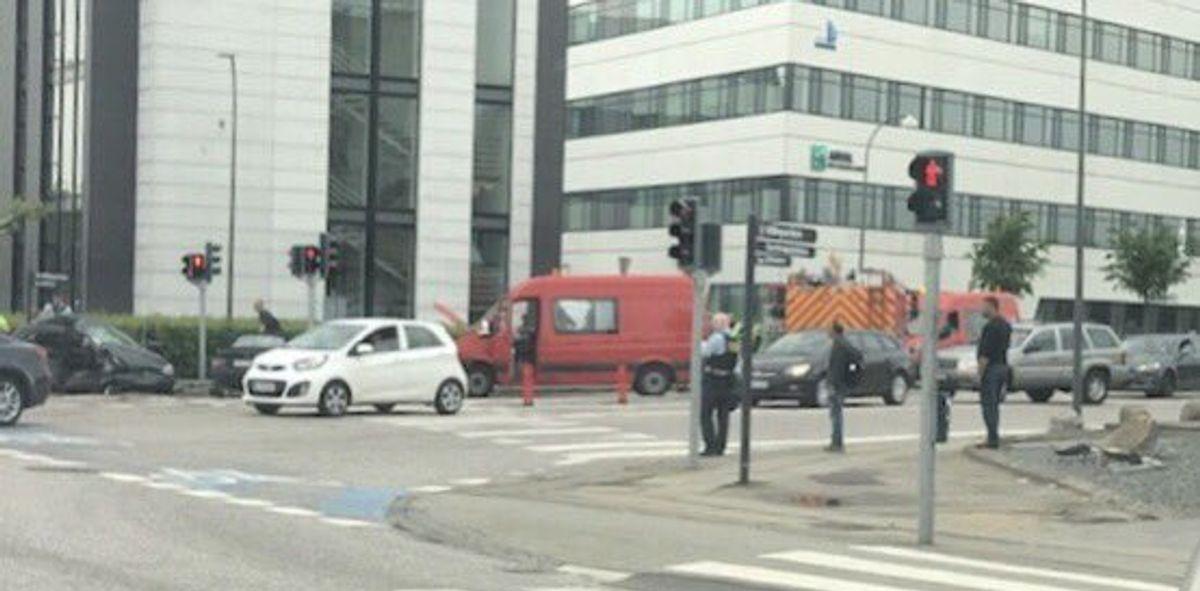 Det store kryds Herlev Ringvej/Mileparken fortsat spærret efter voldsom trafikulykke. Foto: Pressefotos.dk