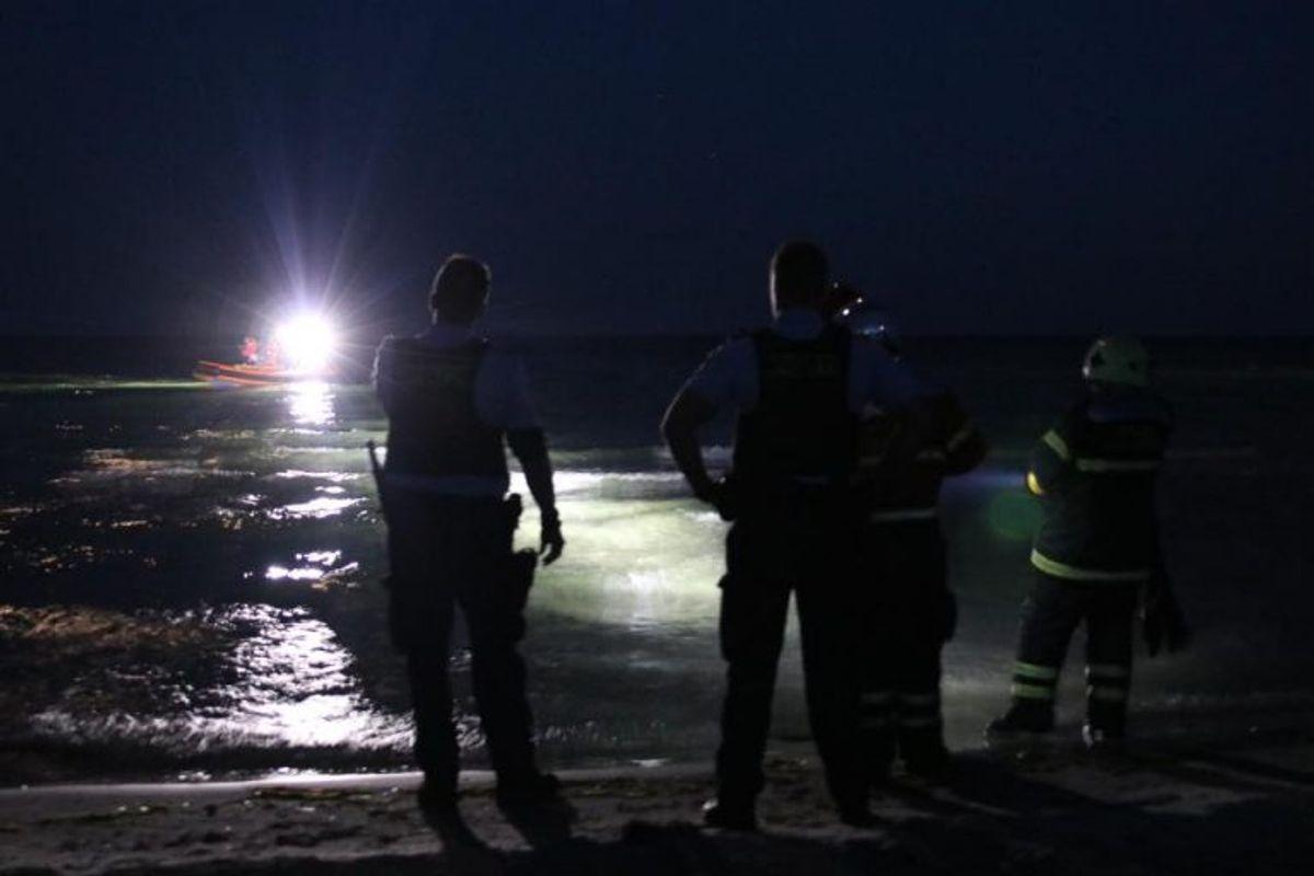 Politiet har flere gange ledt efter to forsvundene mænd fra Faxe – hidtil uden held. KLIK for dramatiske billeder af eftersøgningen. Foto: Presse-fotos.dk