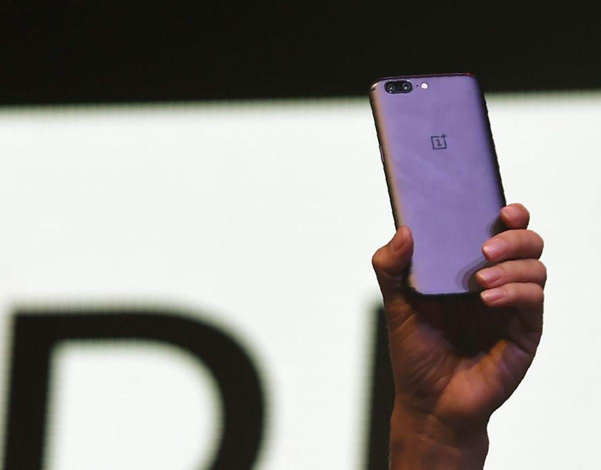 Det gør OnePlus 5T også.