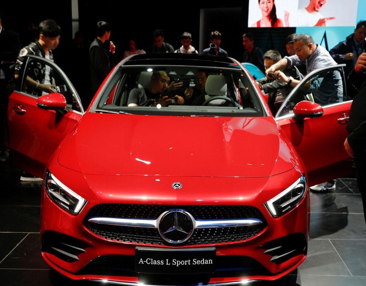 NUMMER 3: Mercedes er hoppet en enkelt plads ned på listen, og må altså finde sig i at have to bilmærker forsig, der er mere vellidte. Foto: Damir Sagolj/Scanpix