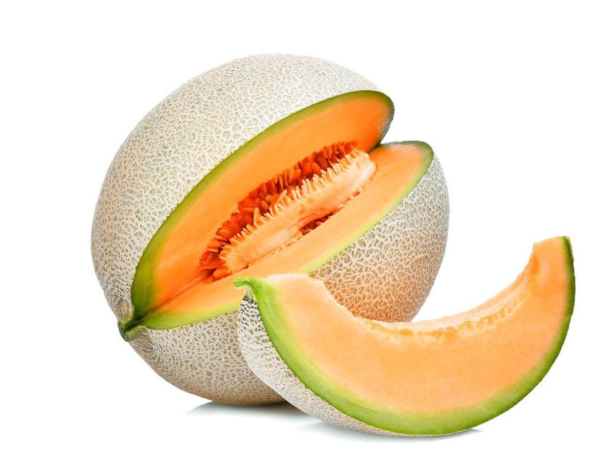 Ikke før, du er begyndt at skære løs på melonen, skal den opbevares i køleskabet. Foto: Scanpix