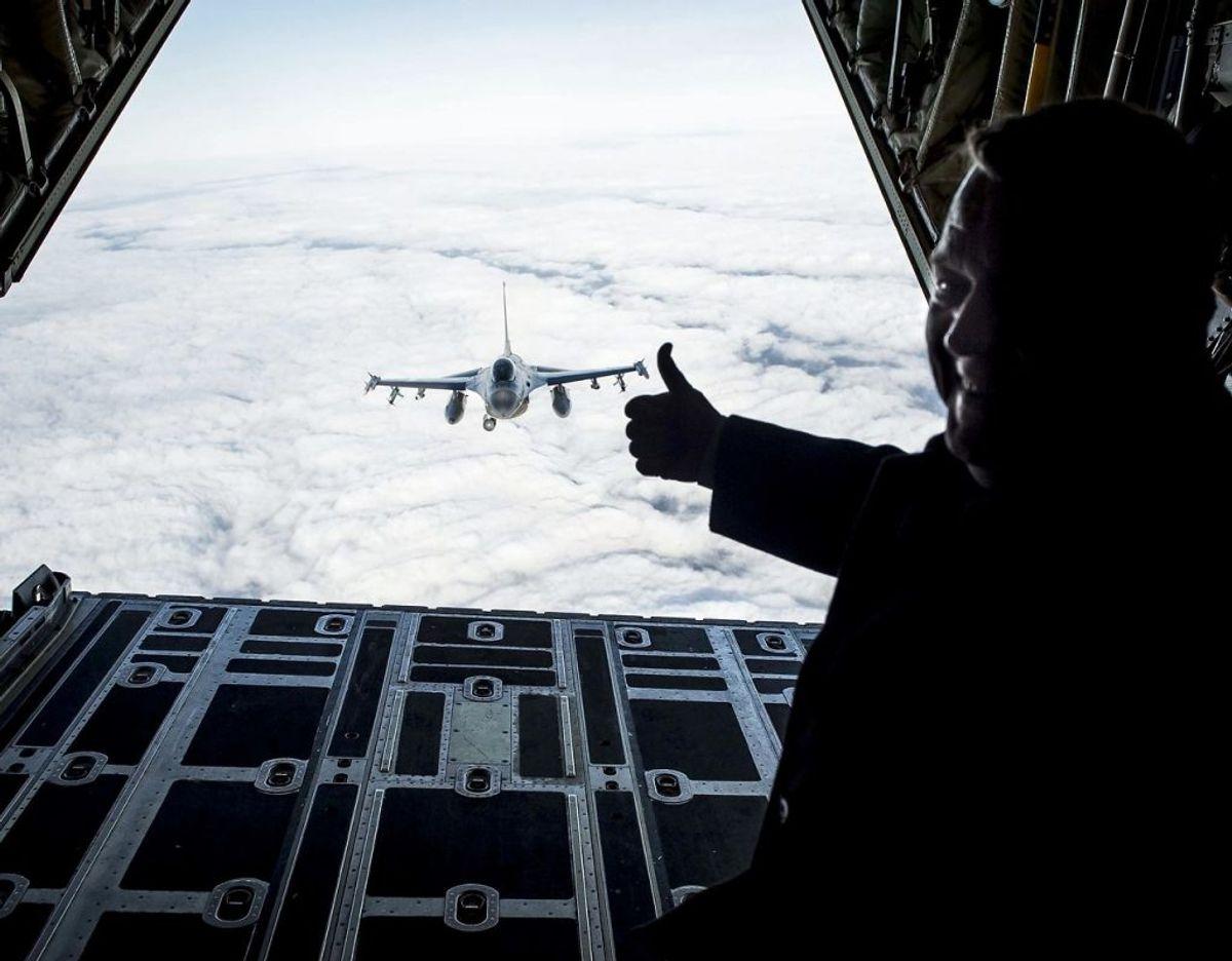 """""""Til brug for planlægning og gennemførelse af militære operationer forsyner DMI Forsvaret med meteorologiske oplysninger."""" Kilde: DMI Foto: Scanpix"""