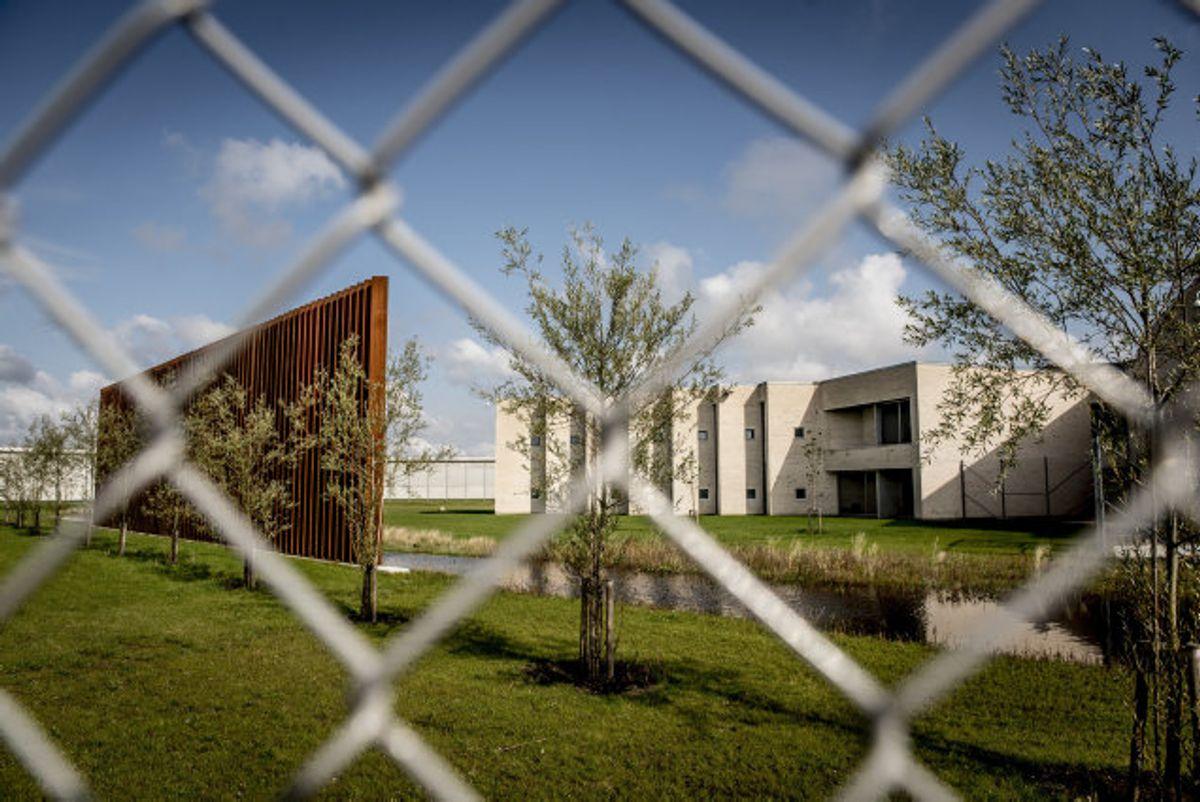 Overfaldet på en fængselsbetjent søndag aften i Storstrøm Fængsel var angiveligt en hævnaktion for en episode, der opstod søndag formiddag. Foto: Mads Claus Rasmussen/arkiv/Scanpix
