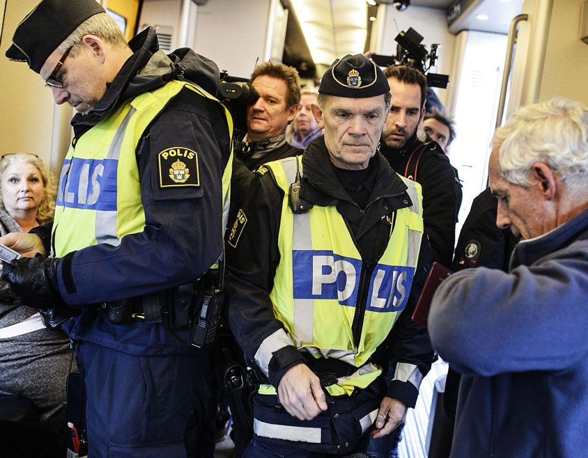 Skal man have pas med til Sverige – er der grænsekontrol og/eller paskontrol og kan man komme til Sverige uden pas? Om lidt er du lidt klogere. Arkivfoto: Simon Læssøe/Scanpix.