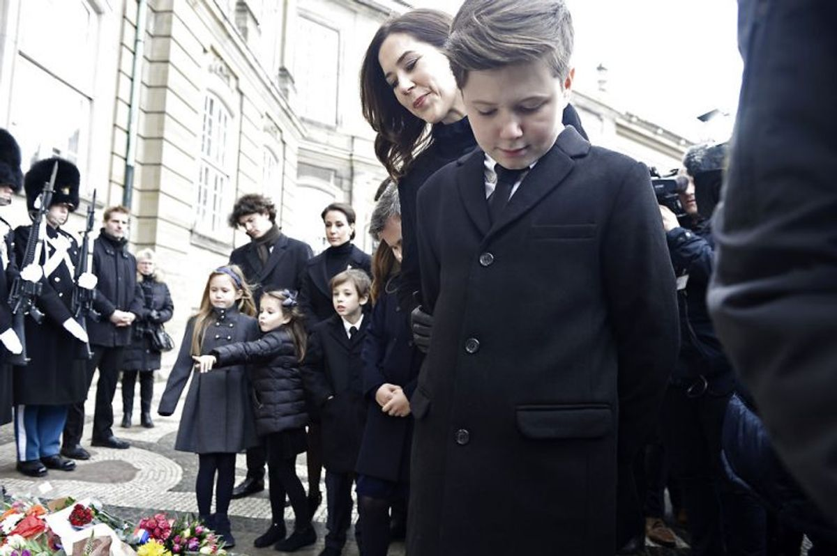 Crown Princess Mary and Prince Christian are looking at flowers in front of Amalienborg Palace on Thursday, February 15 2018. Prince Henrik died on Tuesday February 13 at Fredensborg Palace.. (Foto: Mads Claus Rasmussen/Scanpix 2018)
