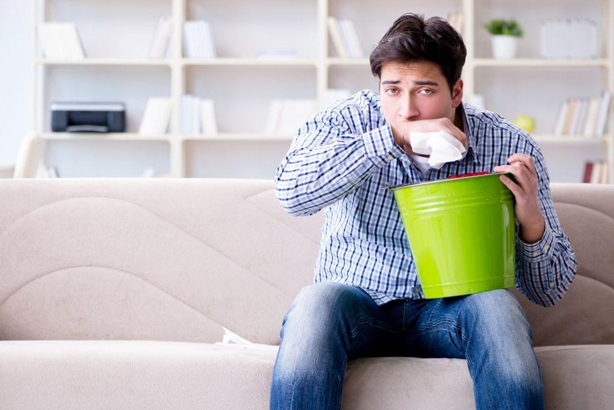 Bakterier og støvmider dør først ved 60°C og tøj med ekstra hårdføre bakterier fra for eksempel opkast, blod eller diarré bør vaskes ved minimum 80°C. Foto: Colourbox.