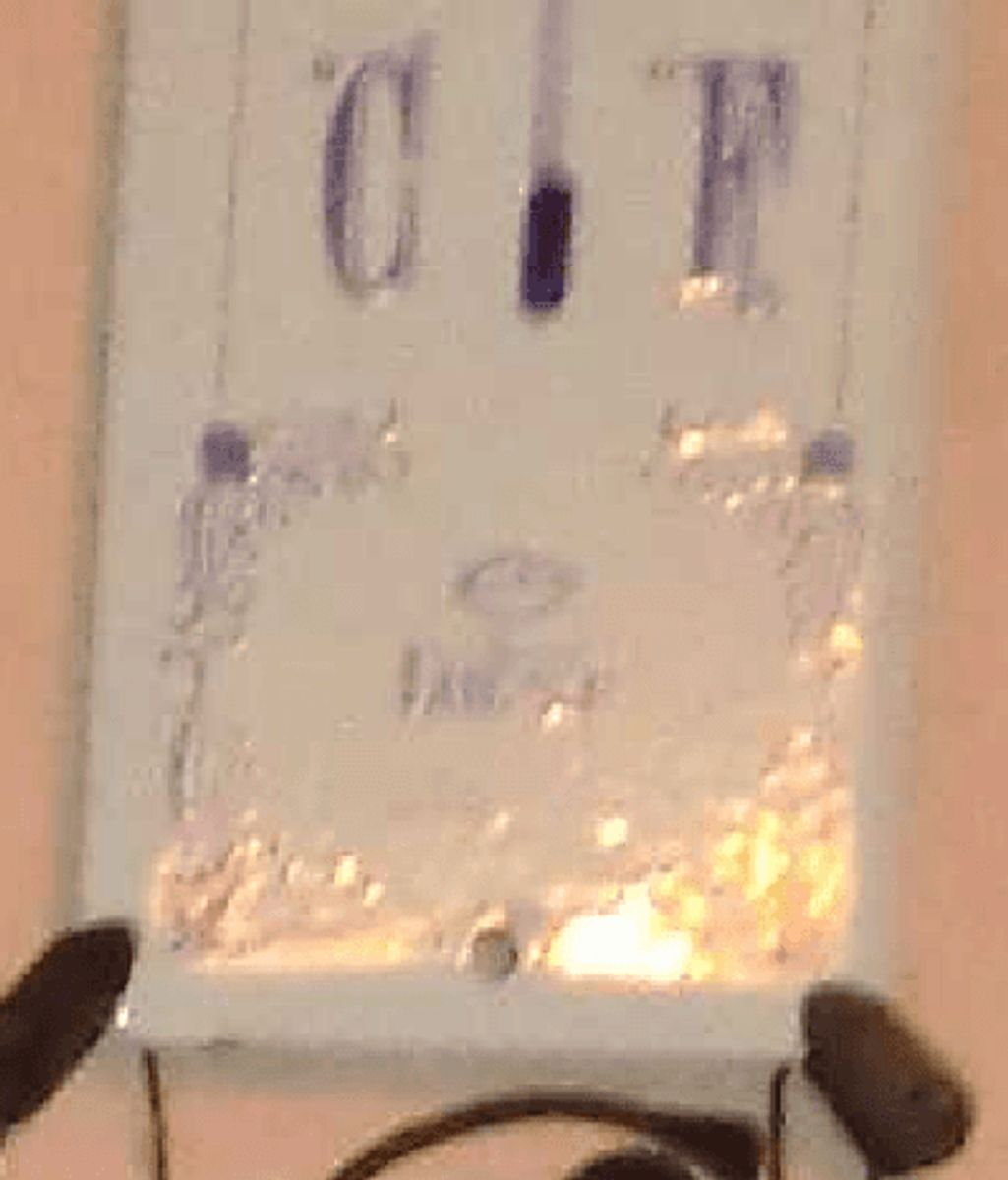Hvor bliver et termometer som dette solgt? Foto: Europol.