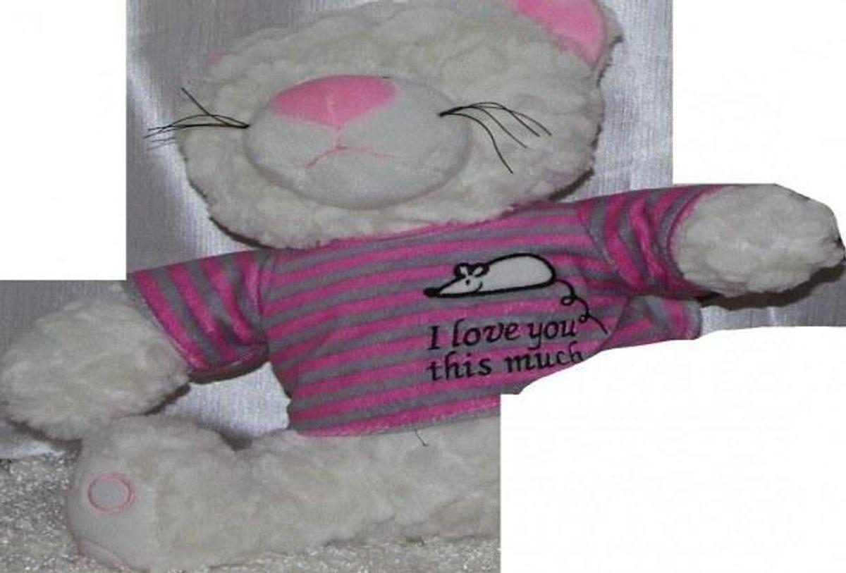 Hvor stammer denne bamse fra? KLIK og se flere billeder, fra de grusomme sager. Foto: Europol.