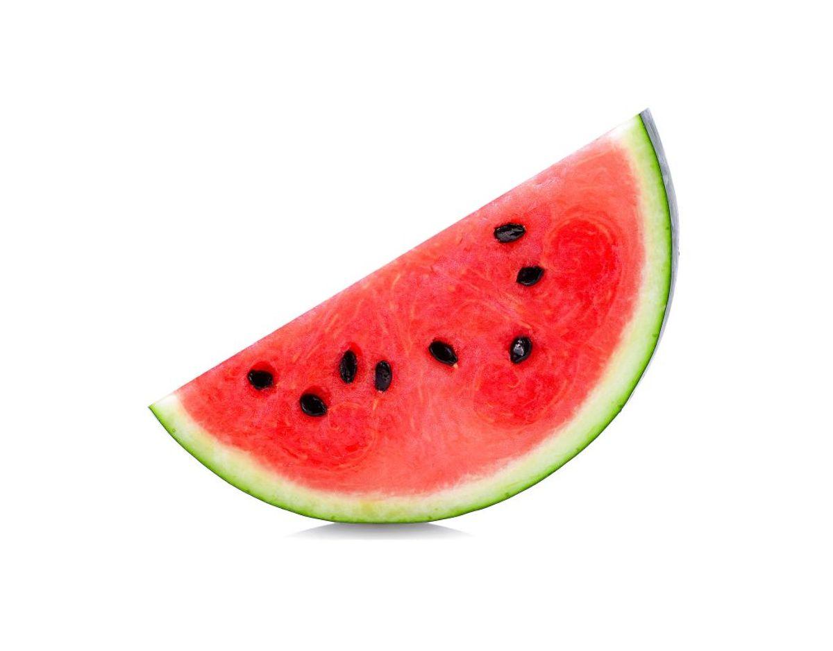 Har du skåret en melon ud, skal den på køl, men indtil da skal den faktisk bo udenfor køleskabet. Meloner smager bedst, når de opbevares ved stuetemperatur. Foto: Scanpix.