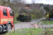 Traktorfører får ildebefindende og vælter med flere ton gylle