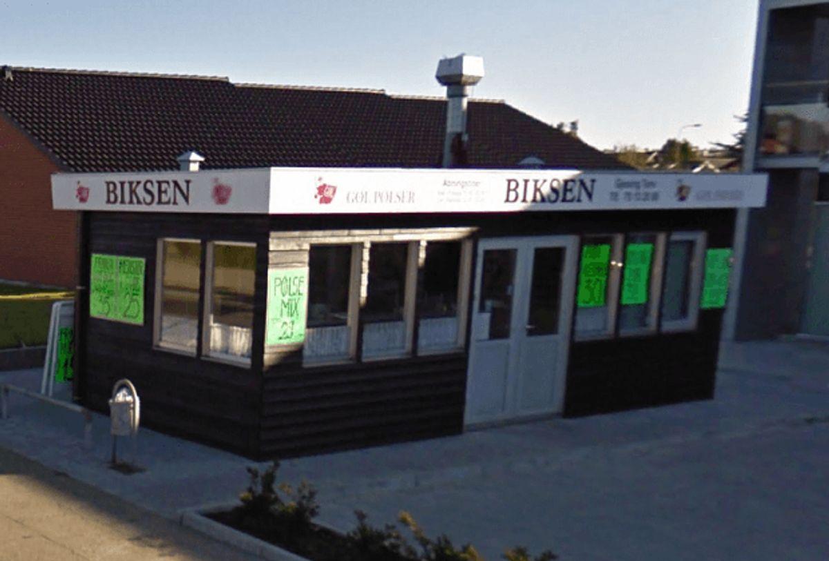 Biksen i Esbjerg har igen fået en sur smiley. Foto: Google Street View.