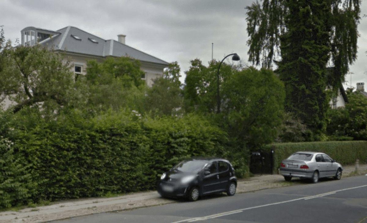 Har du nogensinde efterladt bilen ude af syne i tomgang eller med nøglen i tændingen i kort tid på offentlig vej foran egen bolig?: Til det svarer 7 procent JA. (Foto: Colourbox).