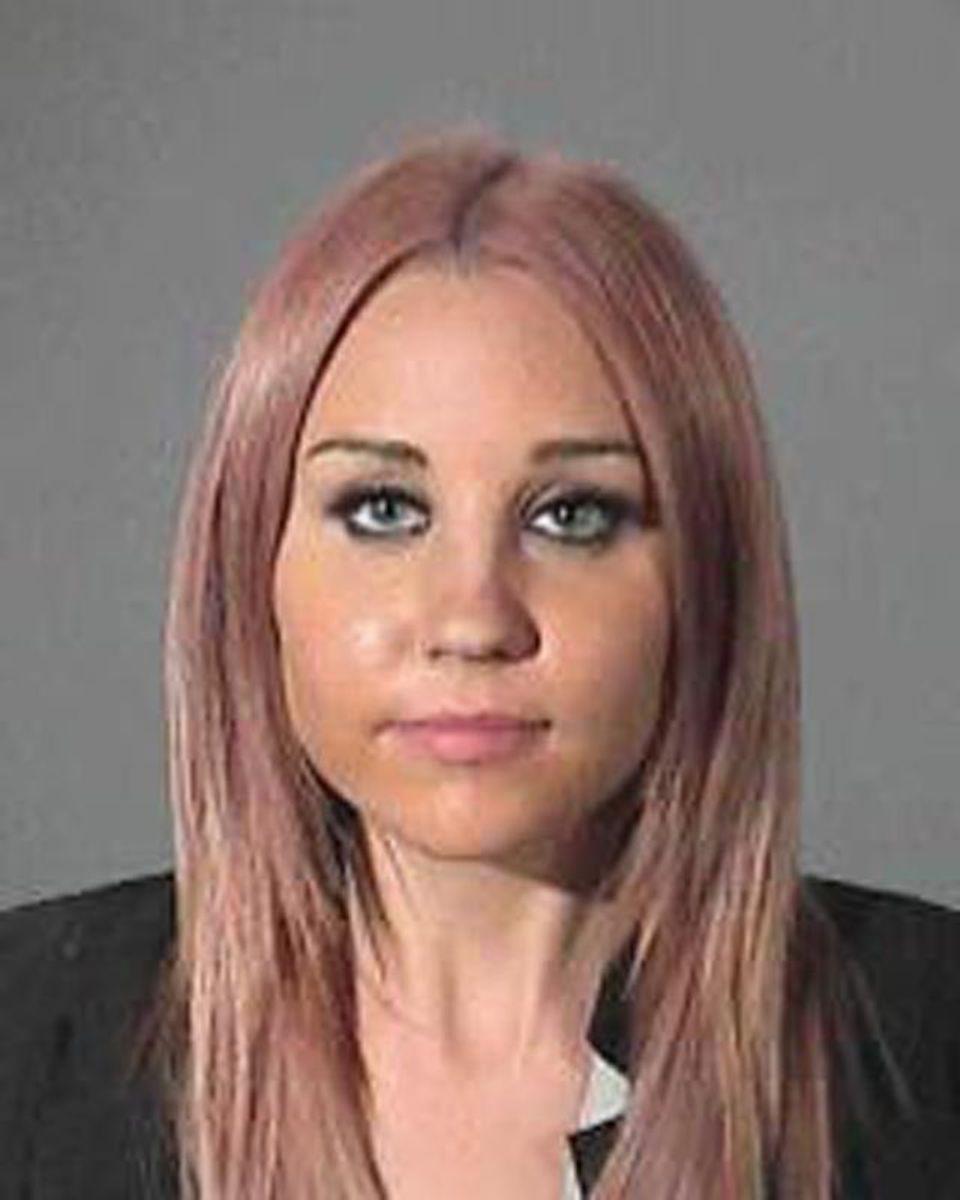 Skuespillerinden Amanda Bynes blev i 2012 arresteret for spritkørsel, efter hun kørte ind i en poltibil. I 2014 blev hun igen arresteret for at køre påvirket. Foto: Los Angeles Politi / SCANPIX