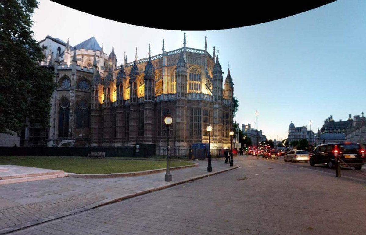 En mistænkelig pakke udløste alarm i det britiske parlament. Foto: Google Streetview.