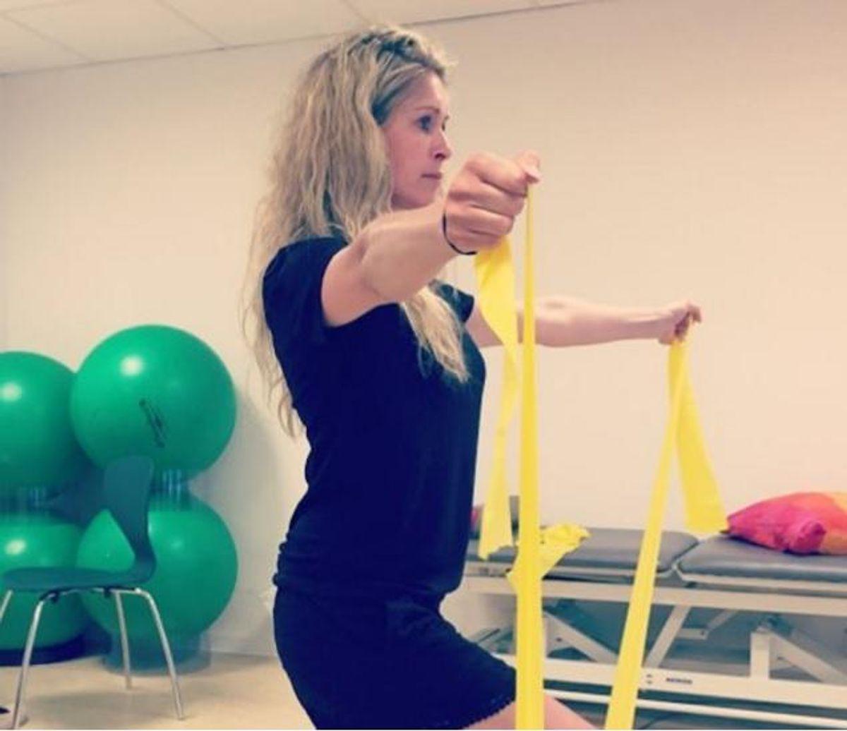 """""""Vild med dans""""-veteranen Karina Frimodt har fået fjernet sit ene bryst efter cancerforstadier, og nu kæmper hun for at vende tilbage. Foto: Instagram."""