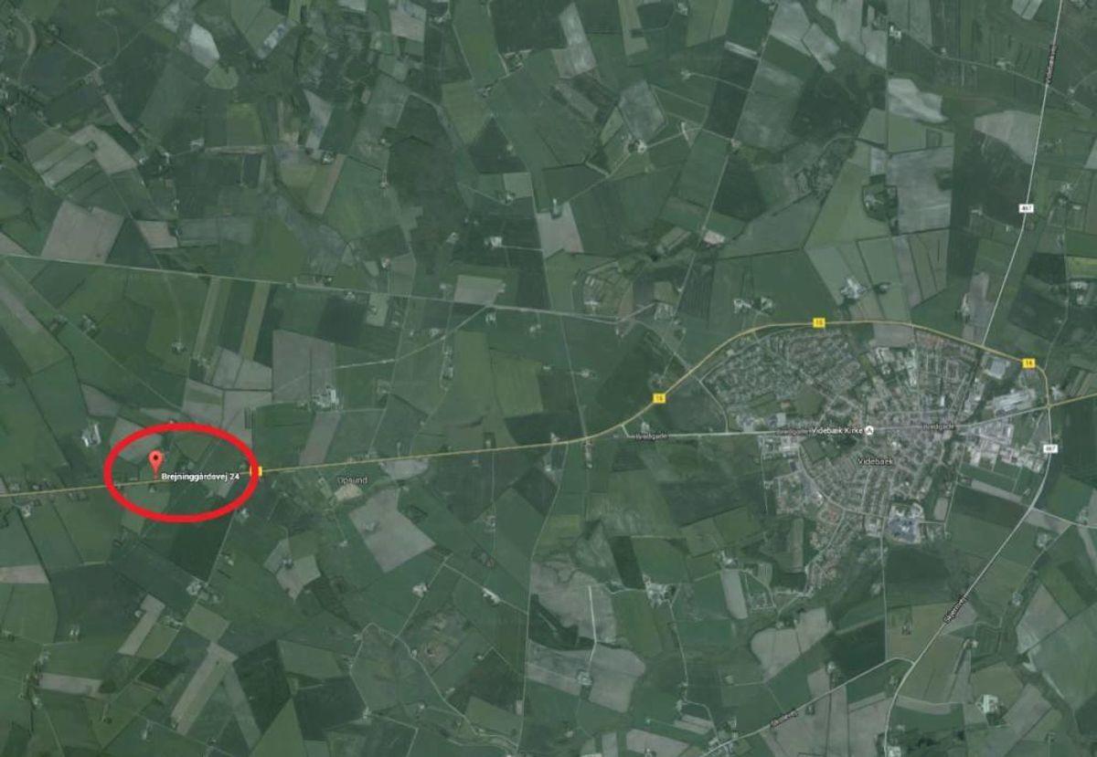 Det er på denne landejendom – Bjreninggårdsvej 24 ved Videbøk, at der ifølge Fødevarestyrelsen er blevet slaget dyr ulovligt.  Foto: Google Maps.