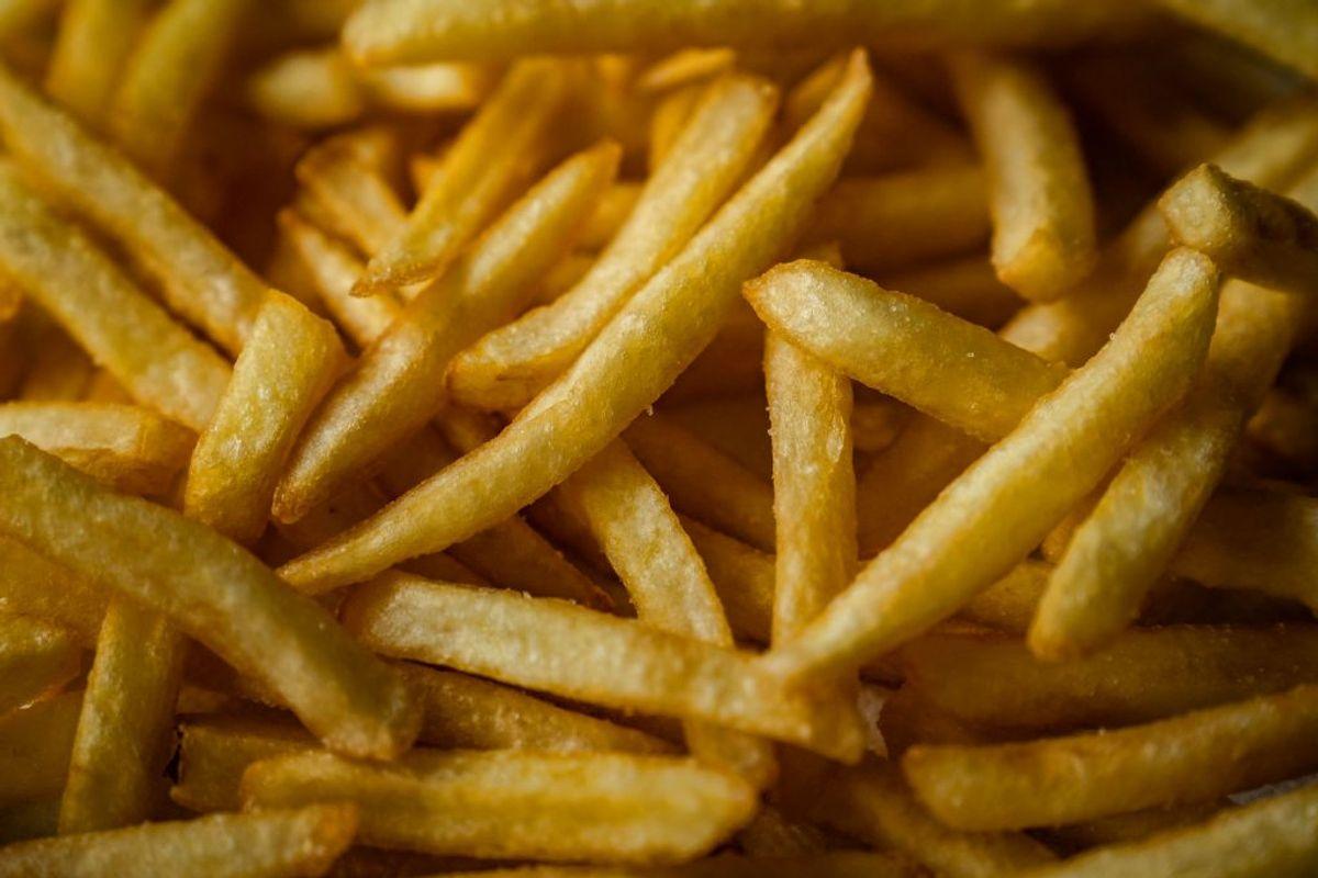 Pommes frites og chips er ting, som du skal holde dig fra. Det kan mætte, men kartofler er forbundet med vægtforøgelse. (Foto: Emil Helms/Ritzau Scanpix)