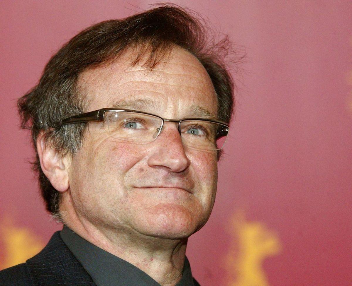 Den nu afdøde Robin Williams var overalt i 90'erne. Han lagde stemme til Genie i Aladdin, spillede Mrs. Doubtfire og var med i filmhits som Flubber, Good Will Hunting og mange flere. Foto: REUTERS/Arnd Wiegmann/Files (GERMANY – Tags: ENTERTAINMENT OBITUARY)