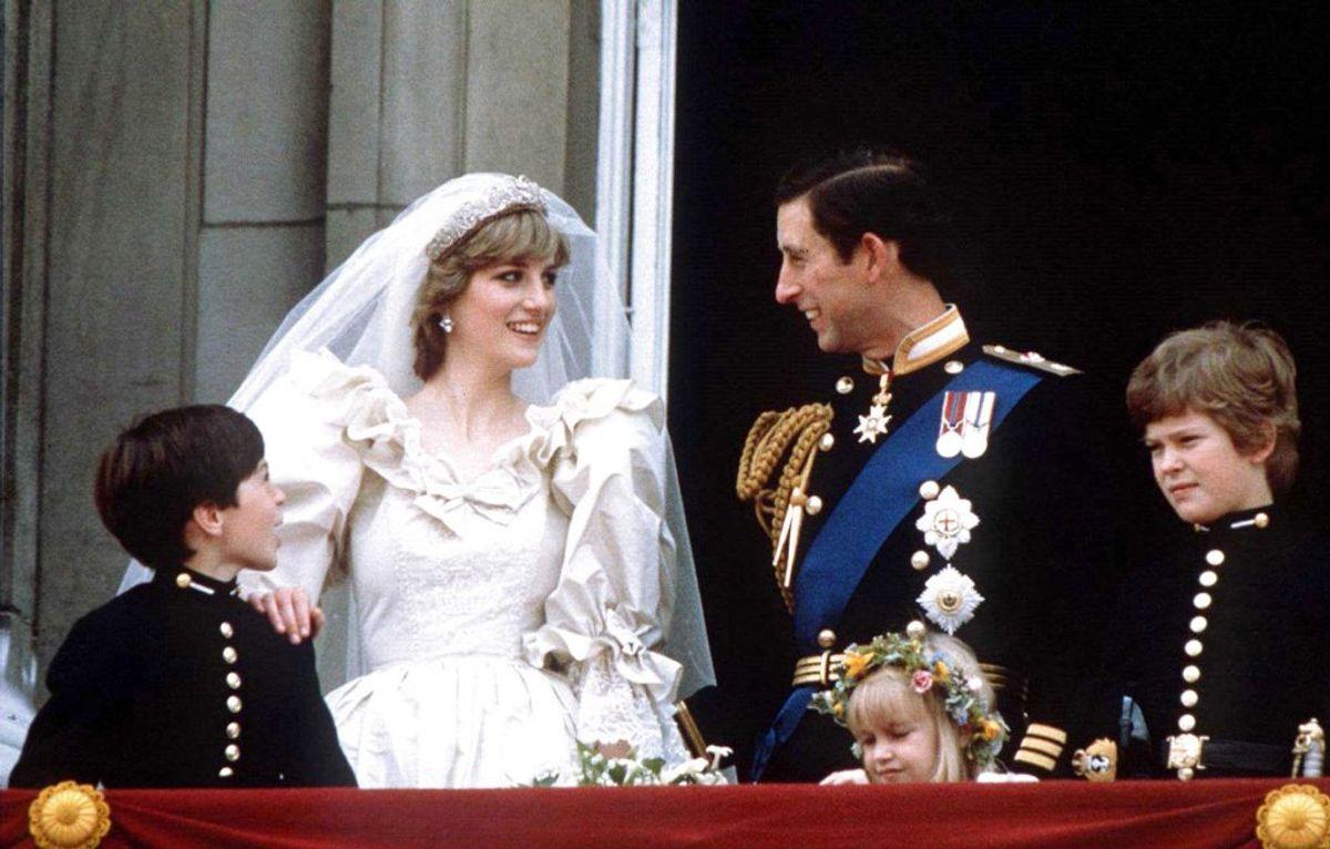 Du så med og sørgede med hele verden, da prinsesse Diana døde. Foto: REUTERS/Stringer/Scanpix