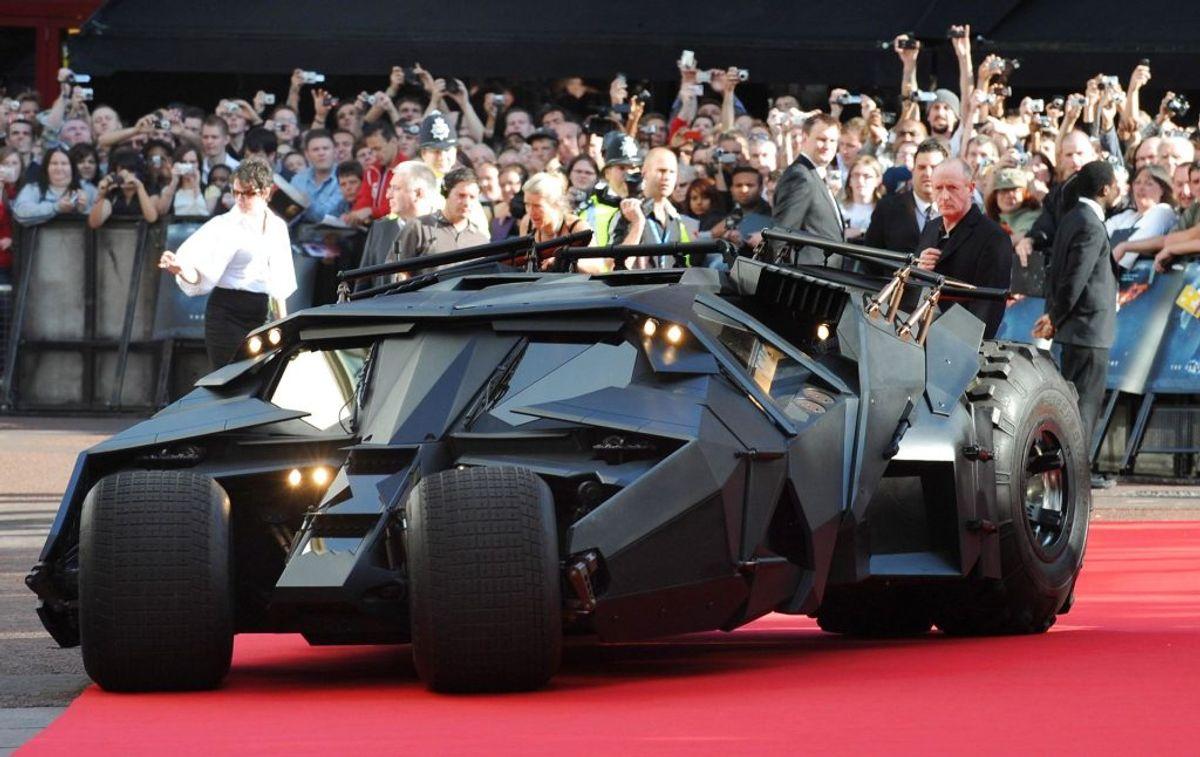 'Batmobilen' har optrådt i mange forskellige former gennem de mange Batman-film, men særligt den nye triologi, der startede med Batman Begins har fået mange nye fans til. Bilen kaldes også 'Tumbler'. Foto: REUTERS/Toby Melville/Scanpix