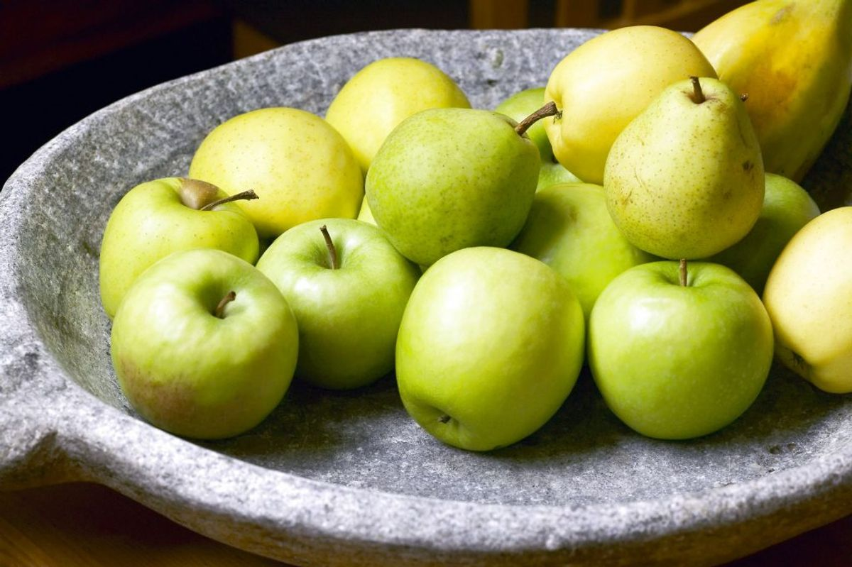 Det behøver ikke altid at være super poppet at spise sundt. En gang imellem er et stykke frugt bare alt, som man drømmer om. Foto: Scanpix