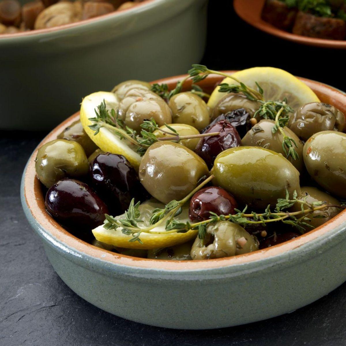 Du kan spise 25 oliven og indtage blot 100-175 kalorier. Det er et godt lille mellemmåltid. Foto: Scanpix