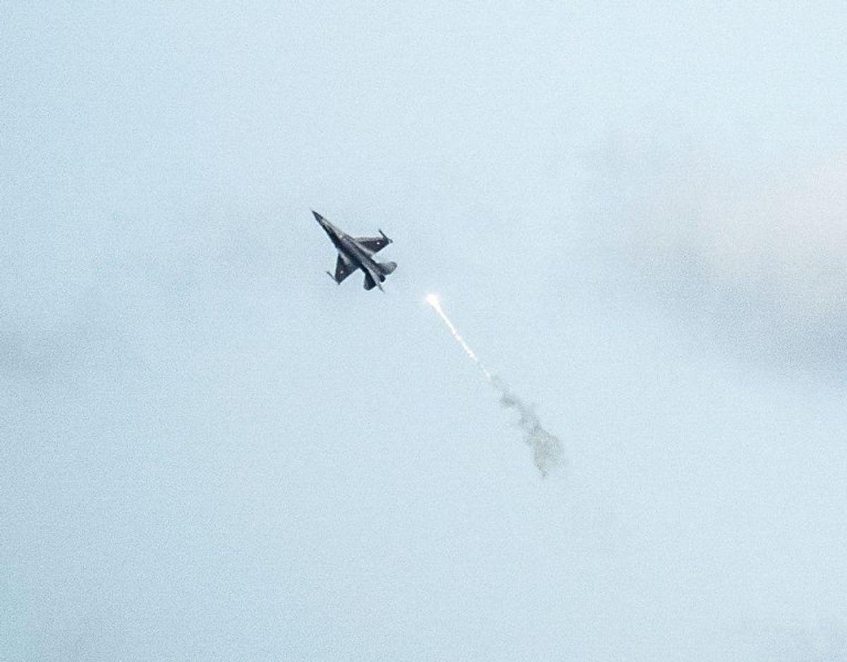 Lydmuren blev brudt over Fyn, oplyser Forsvaret. Foto: Henning Bagger/Ritzau Scanpix