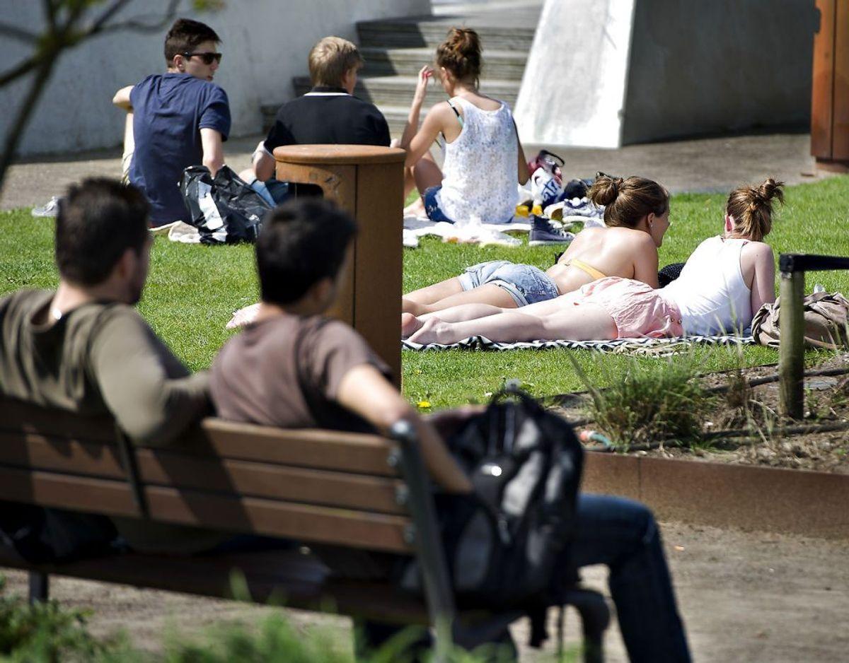 Hvis alt falder på plads, er der udsigt til 20 graders varme flere steder i landet både søndag og mandag. Foto: Scanpix.