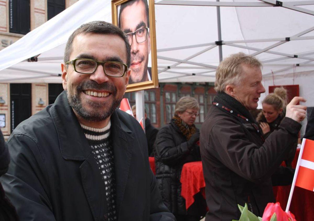 Christian Haugk bød på kaffe og borgmesterkringle på Akseltorv. Pressefoto.