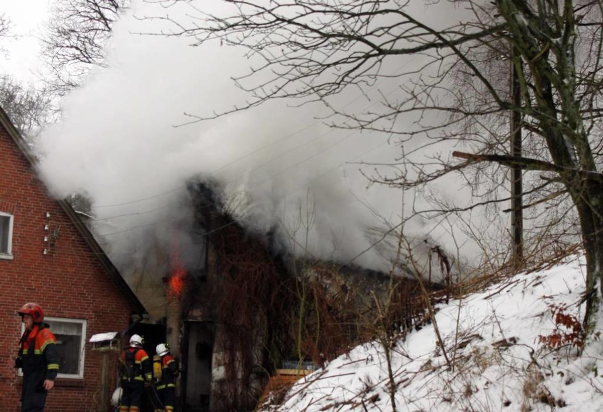 Her ses branden på Stallerup Sø. Foto: Elo Christoffersen.