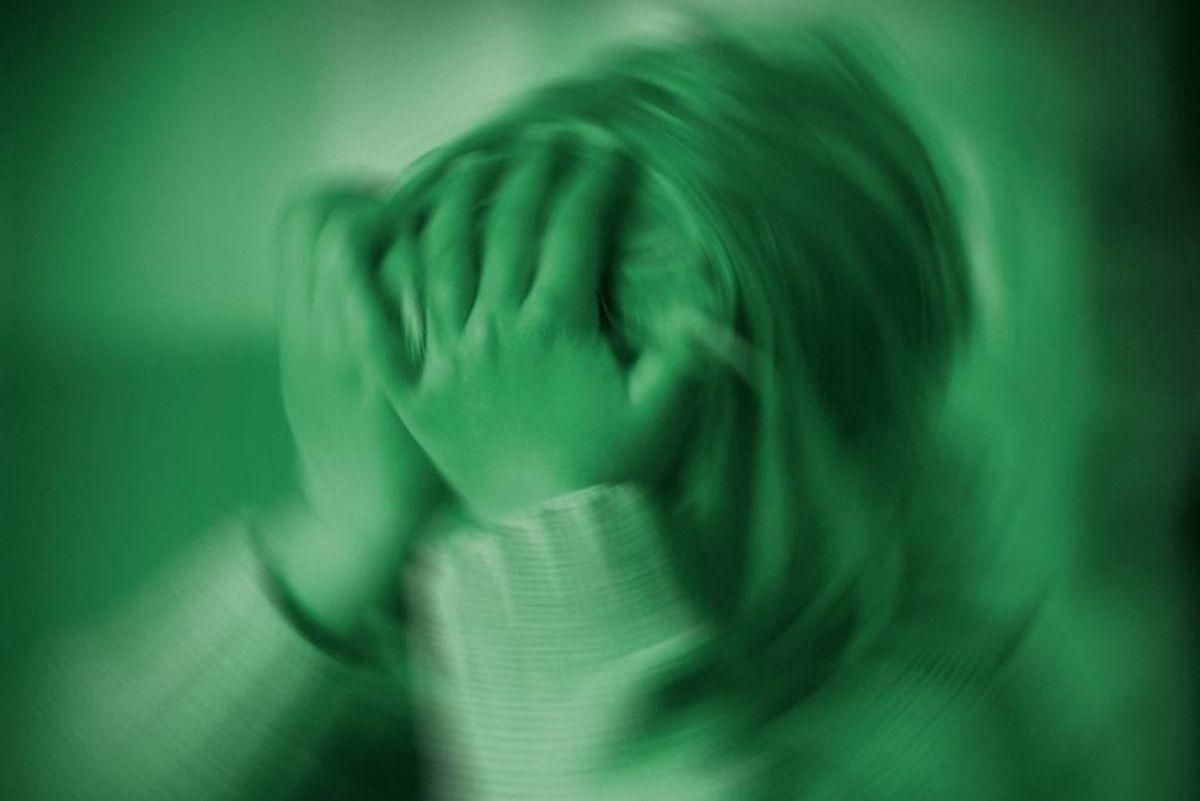 En 40-årig asylansøger forklarede sin handling med, at han var fuld, men retten har idømt ham ni måneders fængsel for voldtægtsforsøg af en kun otte-årig pige. Arkivfoto: Colourbox.