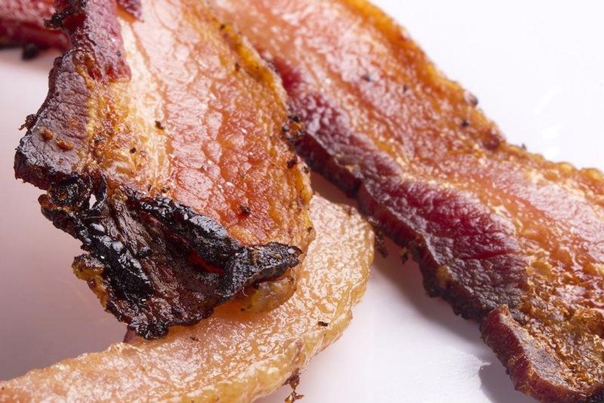 Jo, den er god nok. Der er risiko for Listeria-infektion hvis du spiser den bacon som er omtalt i artiklen her under! Arkivfoto: Colourbox.