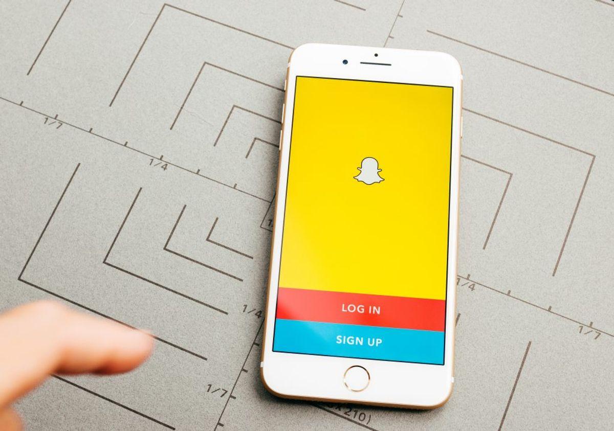 5. Slet sociale medie apps på din mobil.